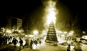 burning-christmass-tree-syntagma-square-athens-december-2008