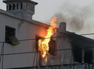 prison-fire