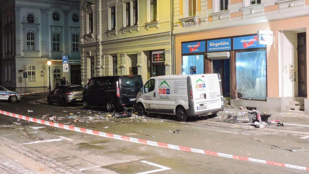 drie-arrestaties-zware-explosie-bij-partijkantoor-in-duitsland